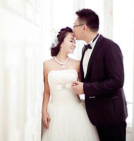 婚纱为什么是白色的?第一套婚纱是怎么样诞生的?